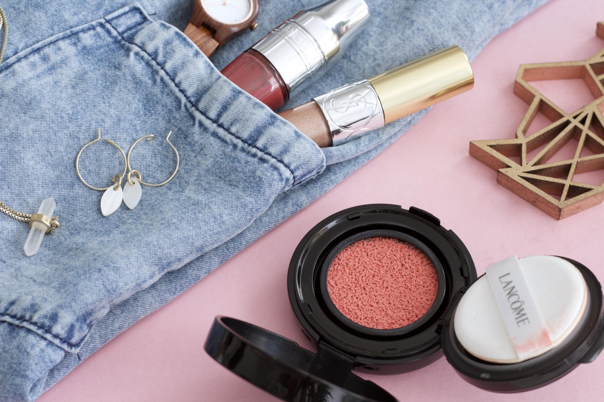 Nahaufnahme verwendete Produkte - Mein Oster Make-up Look: peach & glowy mit Lancome & YSL - Beauty Blog Leipzig