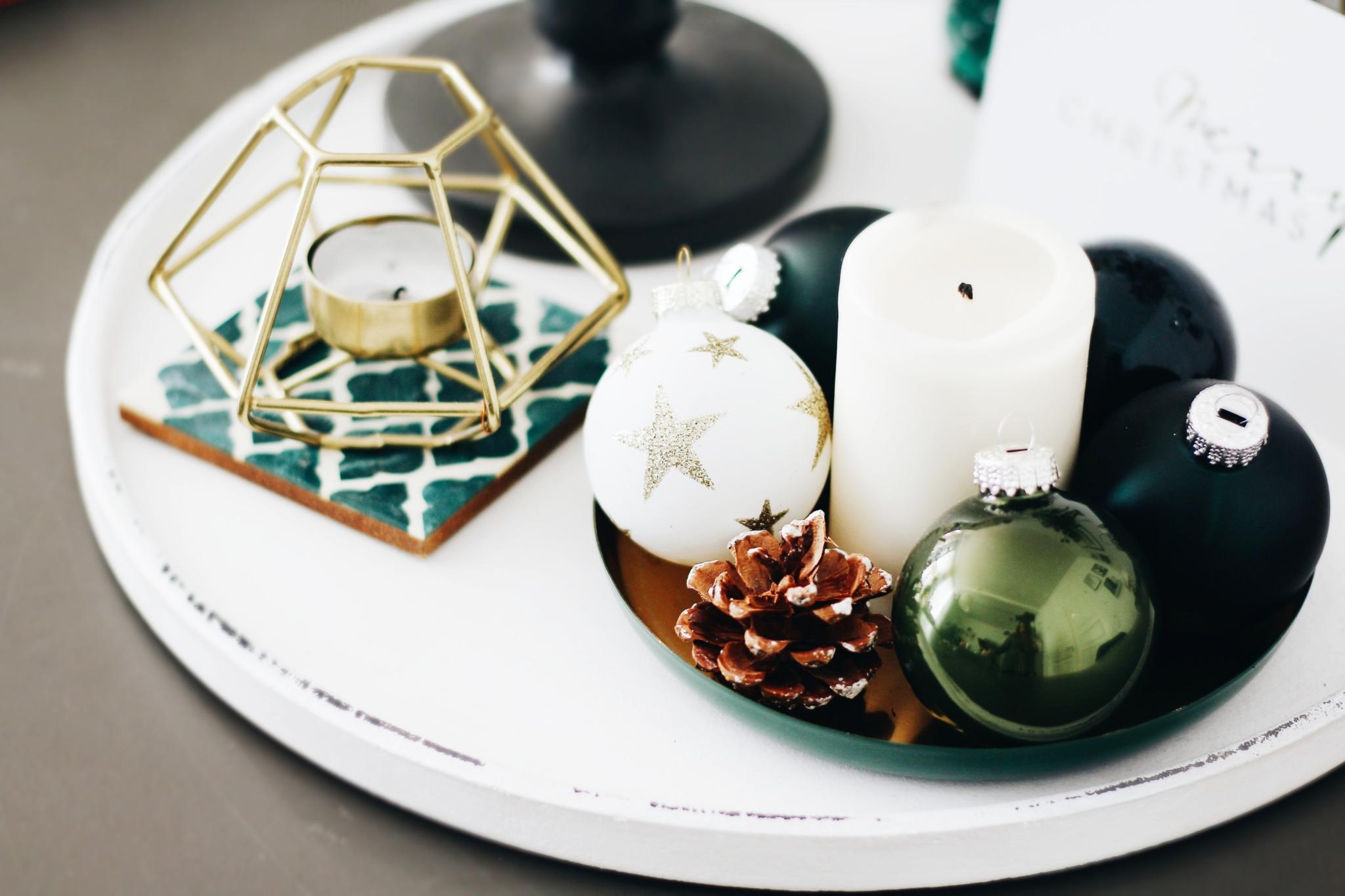 Kleine Tabletts arrangieren - 5 Tipps & Ideen für die eigene Weihnachtsdekoration - Lifestyle Blog Leipzig