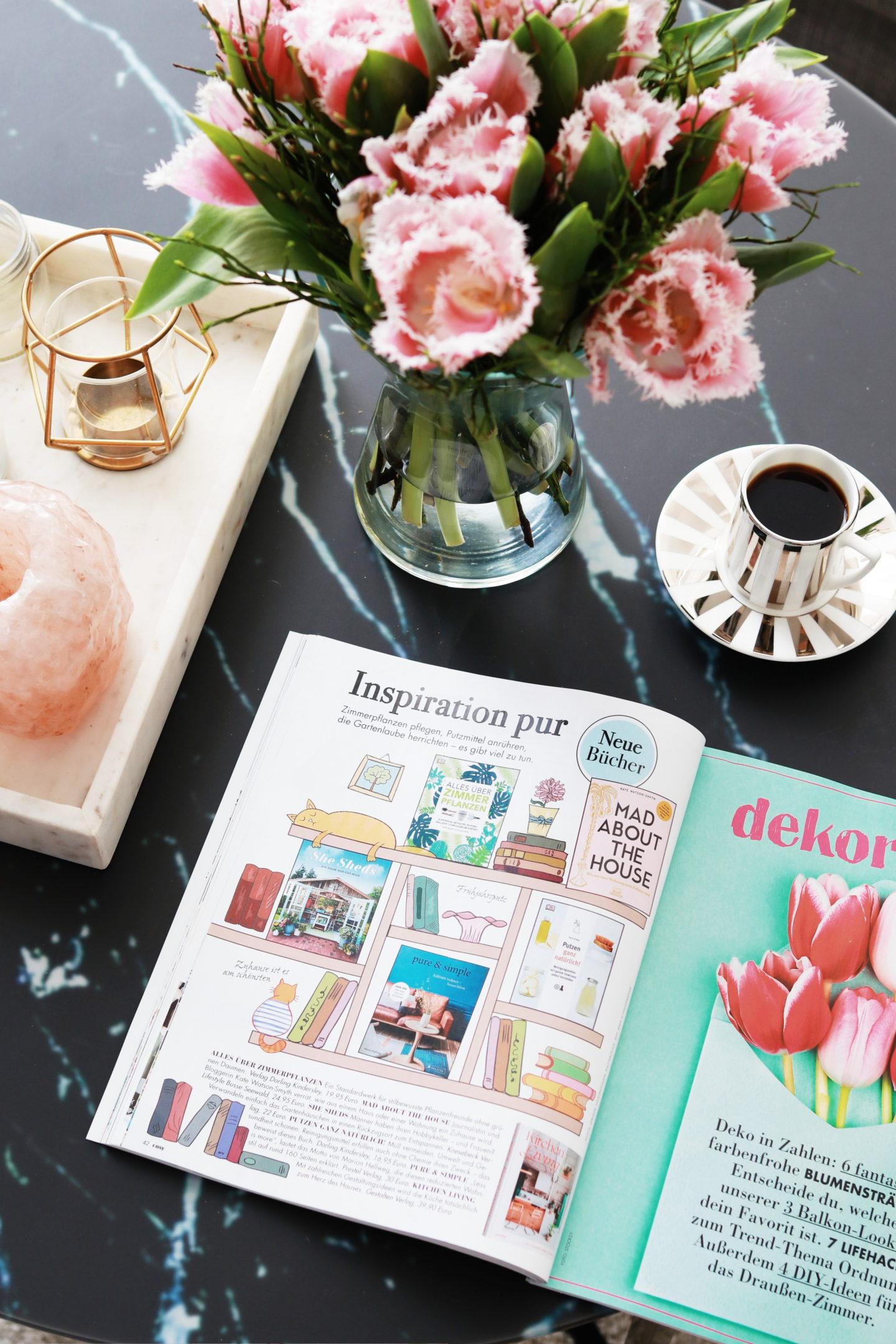 Buchempfehlungen - Frühlingshafte Wohnideen mit dem COSY Magazin   Anzeige