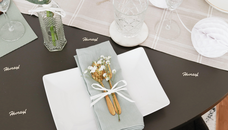 Tischdekoration: Bestecktaschen falten leicht gemacht
