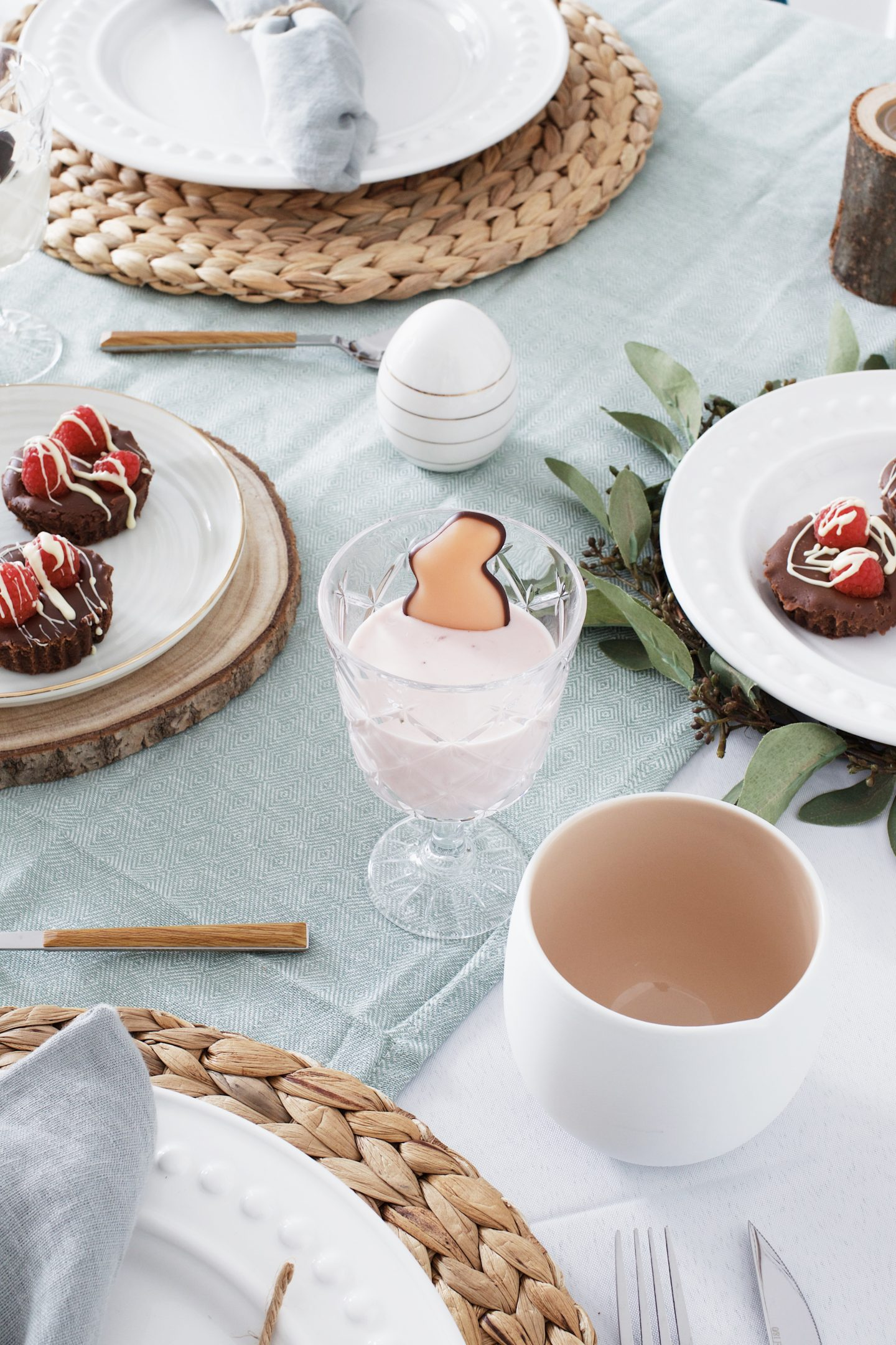 3 leckere Ideen für deine Ostertafel - Dessert anrichten mal anders