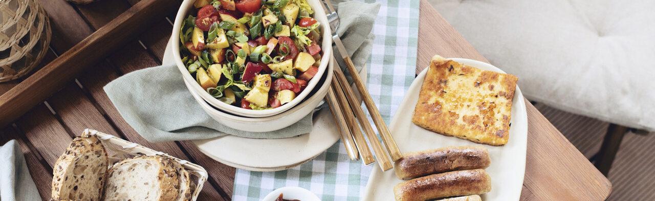 fruchtiger Sommersalat: Perfekt zum Grillen!