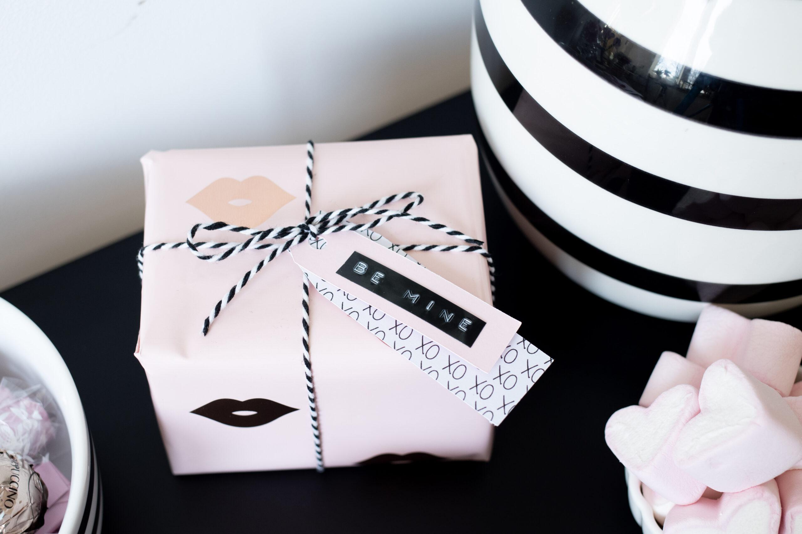 DIY Plotteridee: Geschenkanhänger zum Valentinstag